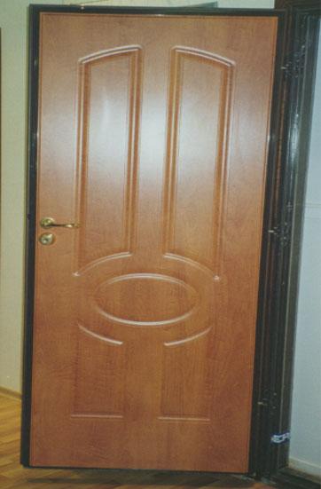 купить недорого железную дверь для квартиры